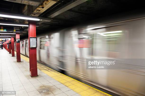 new york metro - new york city subway stock pictures, royalty-free photos & images