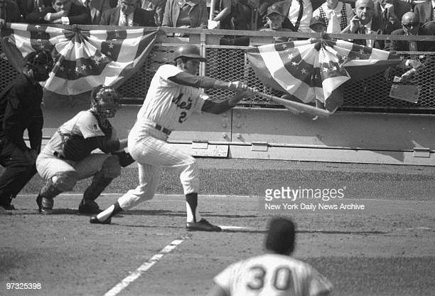 New York Mets' Art Shamsky swings into action in National League Championship Series game against the Atlanta Braves at Shea Stadium