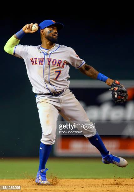 New York Mets Infield Jose Reyes makes a unbalance throw to first during the MLB game between New York Mets and the Arizona Diamondbacks at Chase...