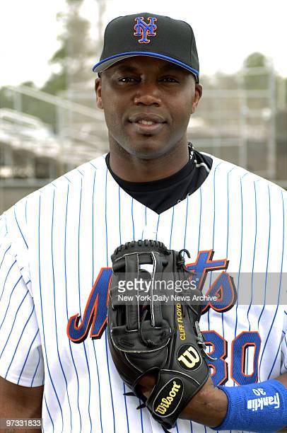 New York Mets' left fielder Cliff Floyd stands at the ready during spring training at Tradition Field in Port St Lucie Fla
