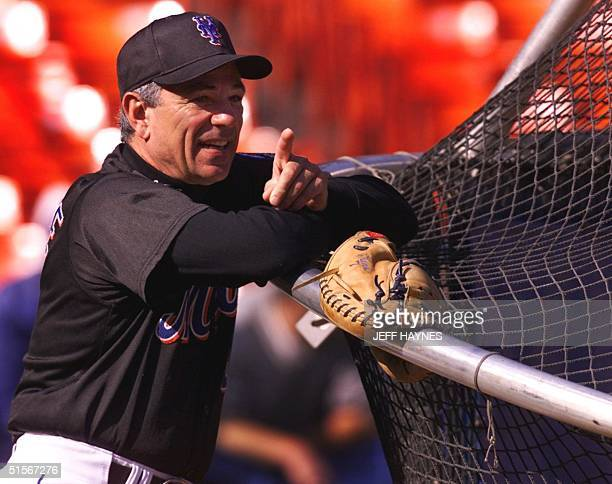 New York Mets' manager Bobby Valentine watches batting practice 23 October 2000 at Shea Stadium in Flushing Meadows NY The Mets trail the New York...
