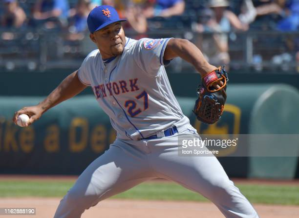 New York Mets relief pitcher Jeurys Familia pitches during a Major League Baseball game between the New York Mets and the Kansas City Royals on...