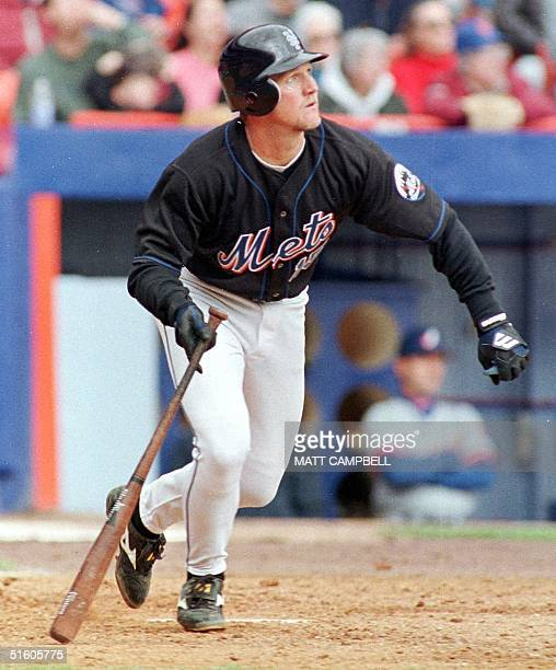 New York Mets third baseman Matt Franco hits a tworun double to tie the game in the bottom of the third inning against the Montreal Expos 17 April at...
