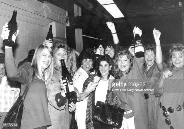 New York Mets vs Houston Astros win 77 in 16 inning at Astrodome to win National league flag IT'S CHAMPAGNE TIME for wives of victorious Mets