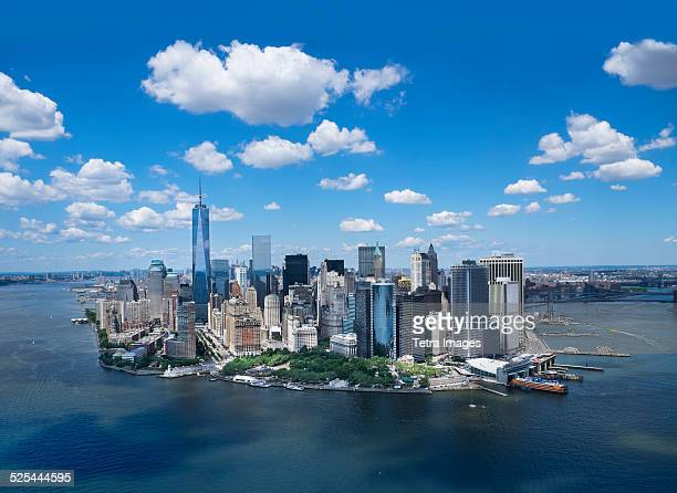 usa, new york, new york city, aerial view of manhattan and new york city skyline - マンハッタン ストックフォトと画像