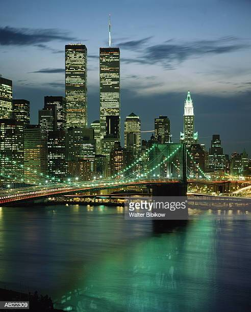 usa, new york, new york city, brooklyn bridge and skyline, night - twin towers manhattan stock photos and pictures