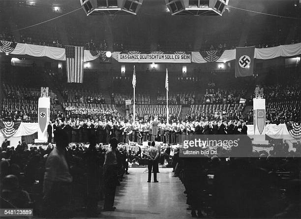 USA New York New York City 'German Day' in the Madison Square Garden to commemorate the arrival of the first German settlers on US territorry under...