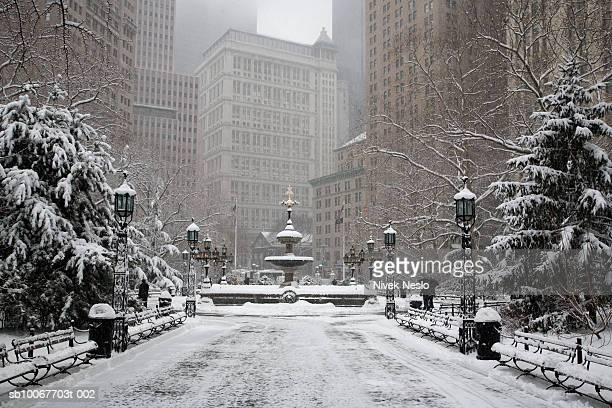 USA, New York, New York City, Union Square Park in winter