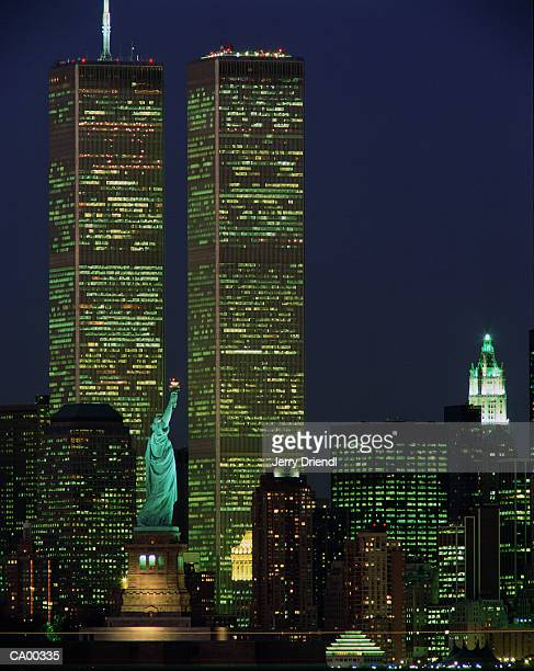 usa, new york, new york, statue of liberty, world trade center, night - twin towers manhattan stock photos and pictures