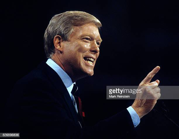 New York NY 7161992 Congressman Richard Dick Gephardt addresses the Democratic National Convention in Madison Square Garden Richard Andrew Dick...