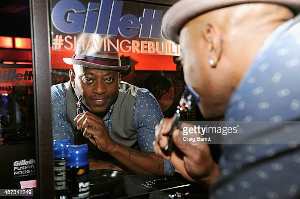 New York NY Actor Omar Epps shaves with the new Gillette Fusion ProGlide with FlexBall Technology razor at the official launch event in New York City