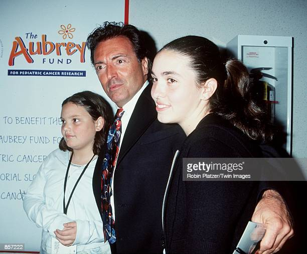 New York NY Armand Assante with his daguhters Alesandra and Anya at the New York charity premiere of Star Wars Episode 1 The Phantom Menace Photo by...