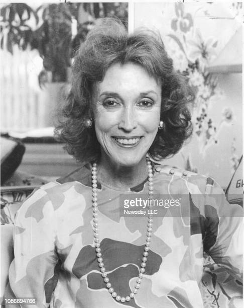 Cosmopolitan Magazine's editor Helen Gurley Brown poses for a portrait during an interview in her Manhattan office on August 12, 1985.