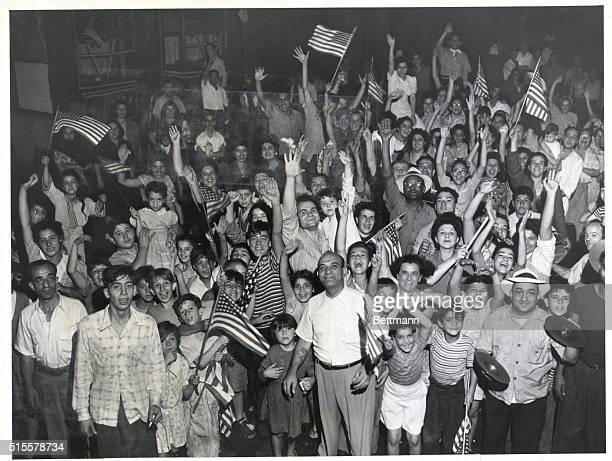 Crowds in New York City celebrating VJ Day