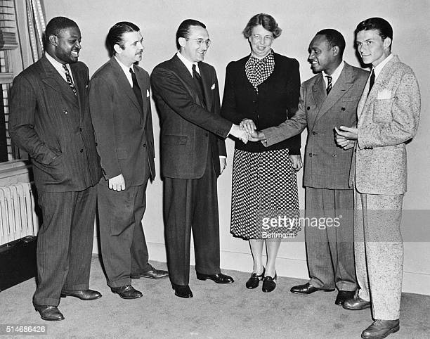 8/7/1940 New York NY First Lady Buys Ticket To MusicSports Festival Mrs Franklin D Roosevelt was the first on hand to buy tickets to the unique...