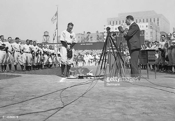 """New York, NY: Gehrig honored at Yankee Stadium Double Party- Lou Gehrig, the """"Iron Man"""" for the New York Yankees, stands with head bowed at Yankee..."""