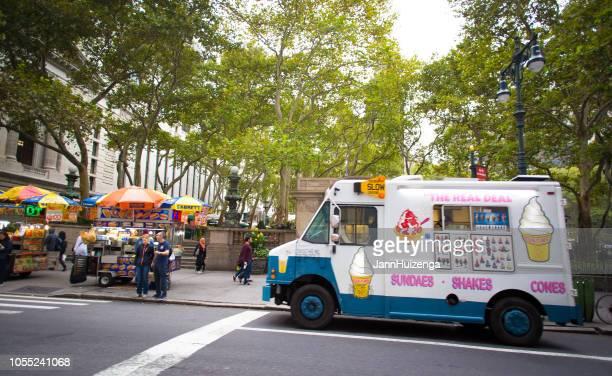 New York, NY: Glass lastbil på 42nd nära 5th Ave