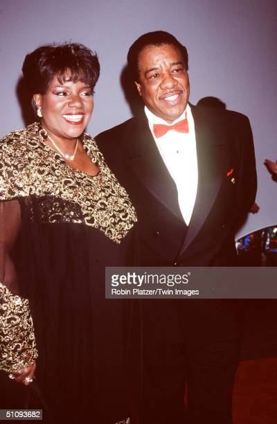 """New York, Ny. Singer, Gloria Gaynor With Her Husband At The Whitney Museum Fundraiser Dinner Gala, """"Brite Nite Whitney."""""""