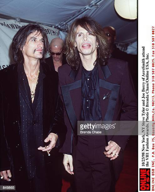 New York NY Steven Tyler and Joe Berry at the VH1 Fashion Awards