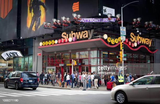 New York, NY: Gatan ingången till 42nd St Subway