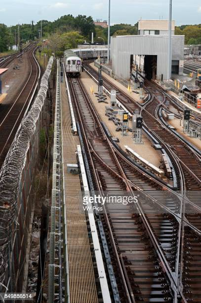 New York Old tracks and wagons subway in Flushing Meadow The 7 Flushing Local and Flushing Express are two rapid transit services in the A Division...