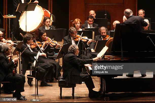 New York Philharmonic at Avery Fisher Hall on Thursday night December 11 2008This imageLeon Fleisher performing Prokofiev's Concerto No4 in Bflat...