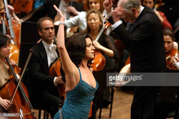 New York Philharmonic performing the new year's eve concert at Avery Fisher Hall on Saturday night December 31 2005This imageThe soprano Angela...
