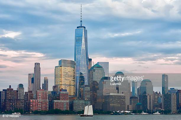 new york - one world trade center stock pictures, royalty-free photos & images