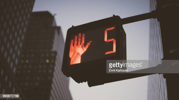 new york - walk don't walk signal stock pictures, royalty-free photos & images