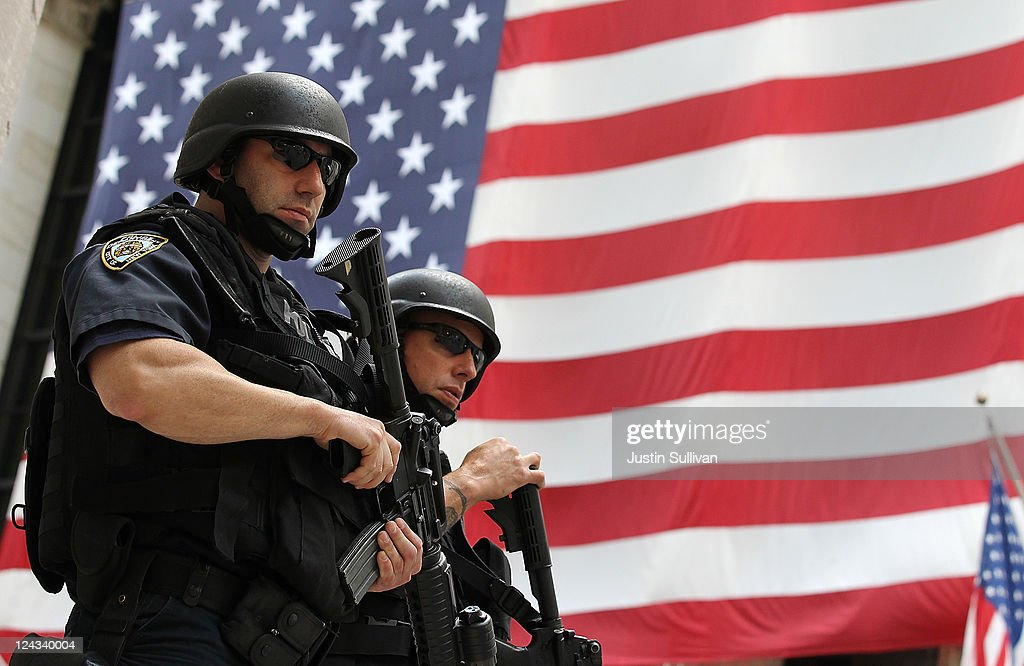 NYC, Washington Step Up Security Measures After Terror Threat Is Detected : News Photo