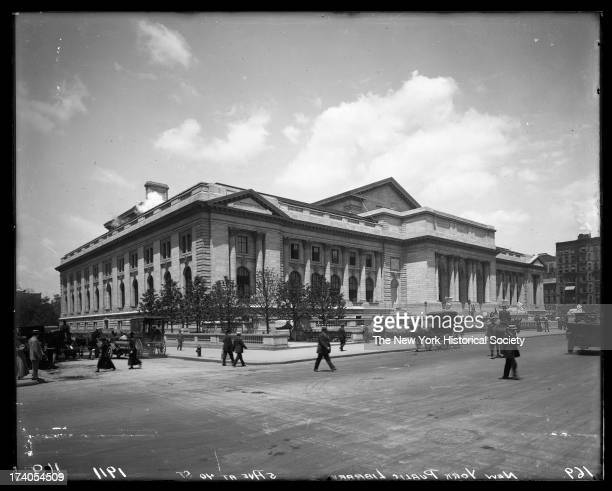 New York Public Library Fifth Avenue from 40th Street to 42nd StreetNew York New York 1911