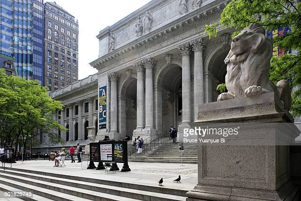 new york public library main branch building - new york public library stock pictures, royalty-free photos & images