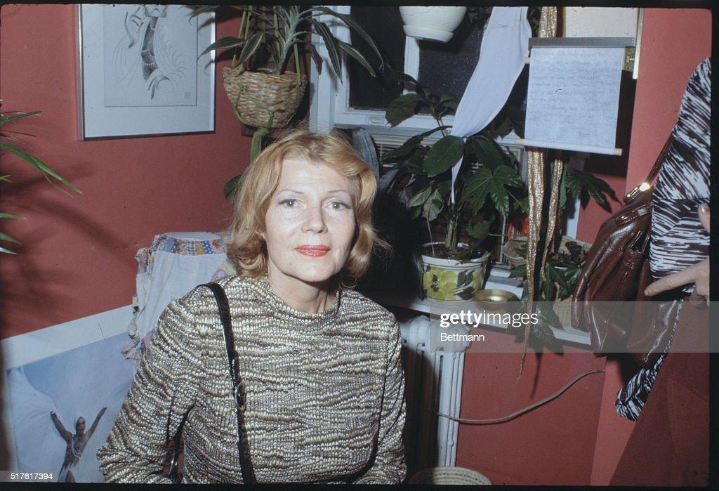 Rita Hayworth Pausing for Camera : News Photo