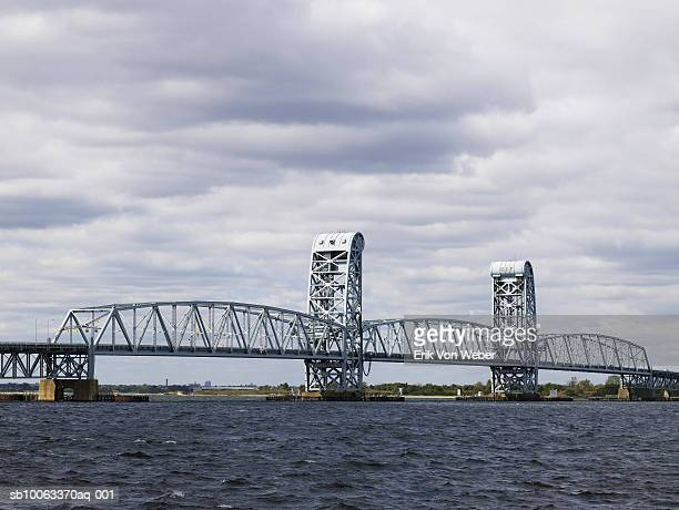 usa, new york, rockaway beach, view of gil hodges memorial marine parkway bridge - rockaway peninsula stock pictures, royalty-free photos & images