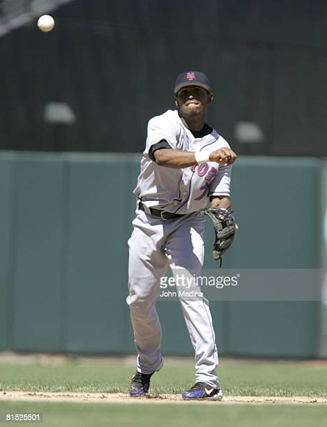 New York shortstop Jose Reyes in action during the San Francisco Giants 21 defeat of the New York Mets on August 27 2005 at SBC Park in San Francisco...