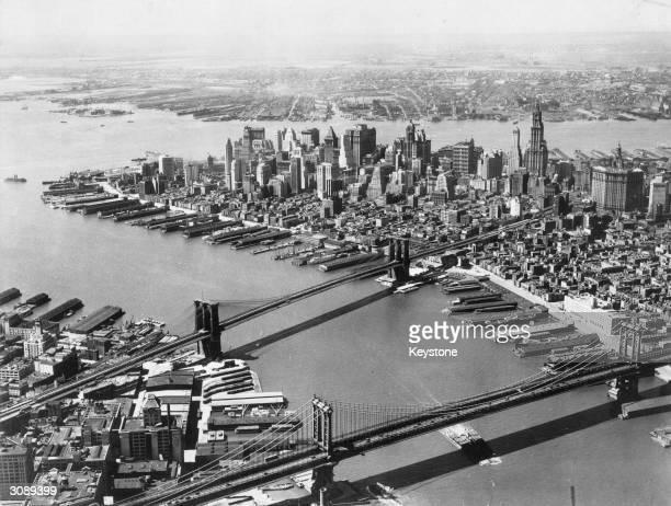 New York showing Brooklyn and Manhattan bridges