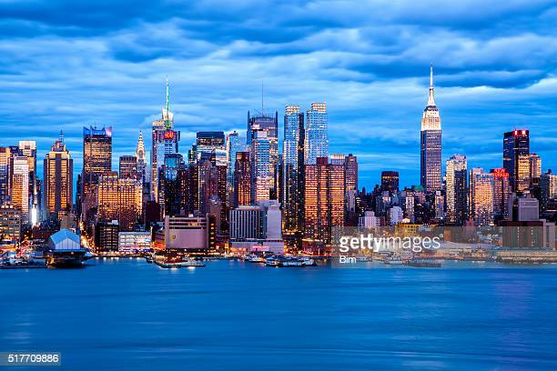 New York Skyline in der Dämmerung