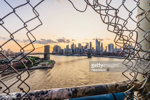 New York City skyline bei Sonnenuntergang