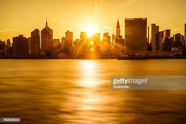 new york skyline - long island stock pictures, royalty-free photos & images