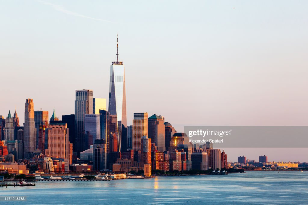 New York skyline with Manhattan Downtown financial district and Hudson River, USA : Stock-Foto