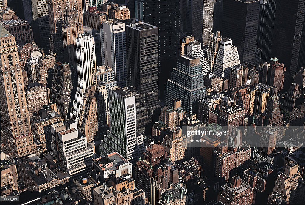 New York skyscrapers and buildings rise upward : Foto de stock