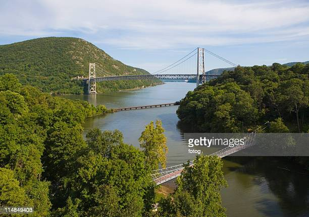 usa, new york state, bear mountain, suspension bridge over river - bear mountain bridge stock pictures, royalty-free photos & images