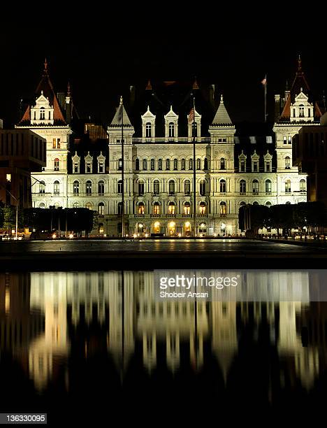 new york state capitol building at night, albany - ニューヨーク州 オールバニ ストックフォトと画像
