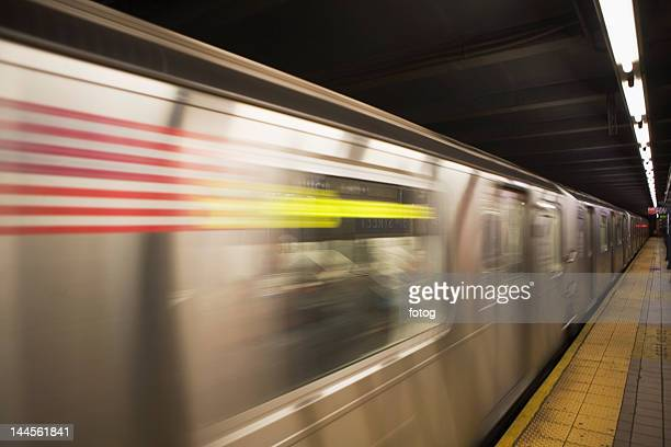 usa, new york state, new york city, blurred motion of subway train - new york city subway stock pictures, royalty-free photos & images