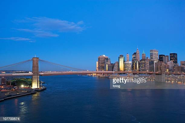 usa, new york state, new york city, brooklyn bridge and manhattan skyline at dusk - state stock pictures, royalty-free photos & images