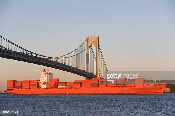 USA, New York State, New York City, Brooklyn, Container Ship under Verrazano-Narrows Bridge