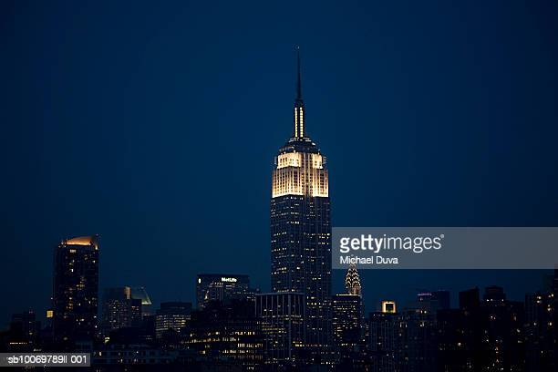usa, new york state, new york city, empire state building at night - empire state building stock pictures, royalty-free photos & images