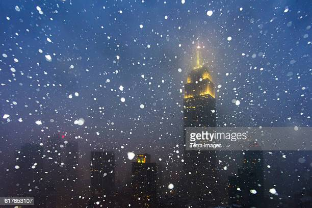 USA, New York State, New York City, Empire State Building during blizzard