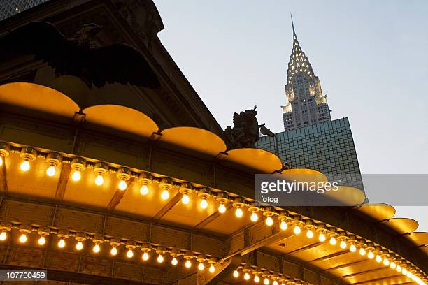 USA, New York State, New York City, Manhattan, Illuminated roof of Grand Central Terminal and Chrysler building