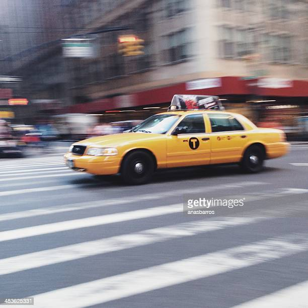 usa, new york state, new york city, yellow cab on street - taxi stock pictures, royalty-free photos & images